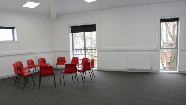 photo of Emmanuel Centre - room F4 - chairs in circle for discussion